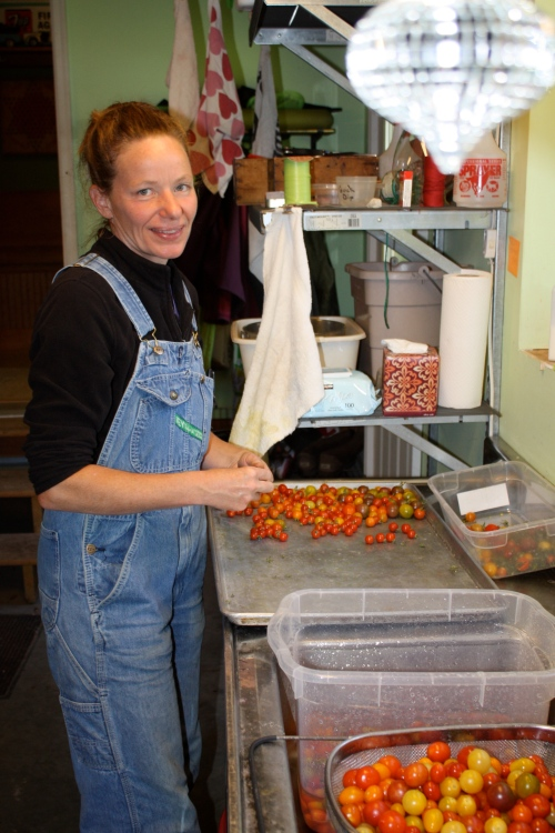 Did you know we pick all the green stems off all the cherry tomatoes and wash them before packaging......